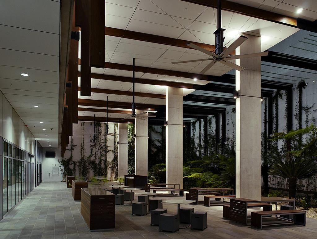 wmp2-Lobby - 01 Walkway and Courtyard - small